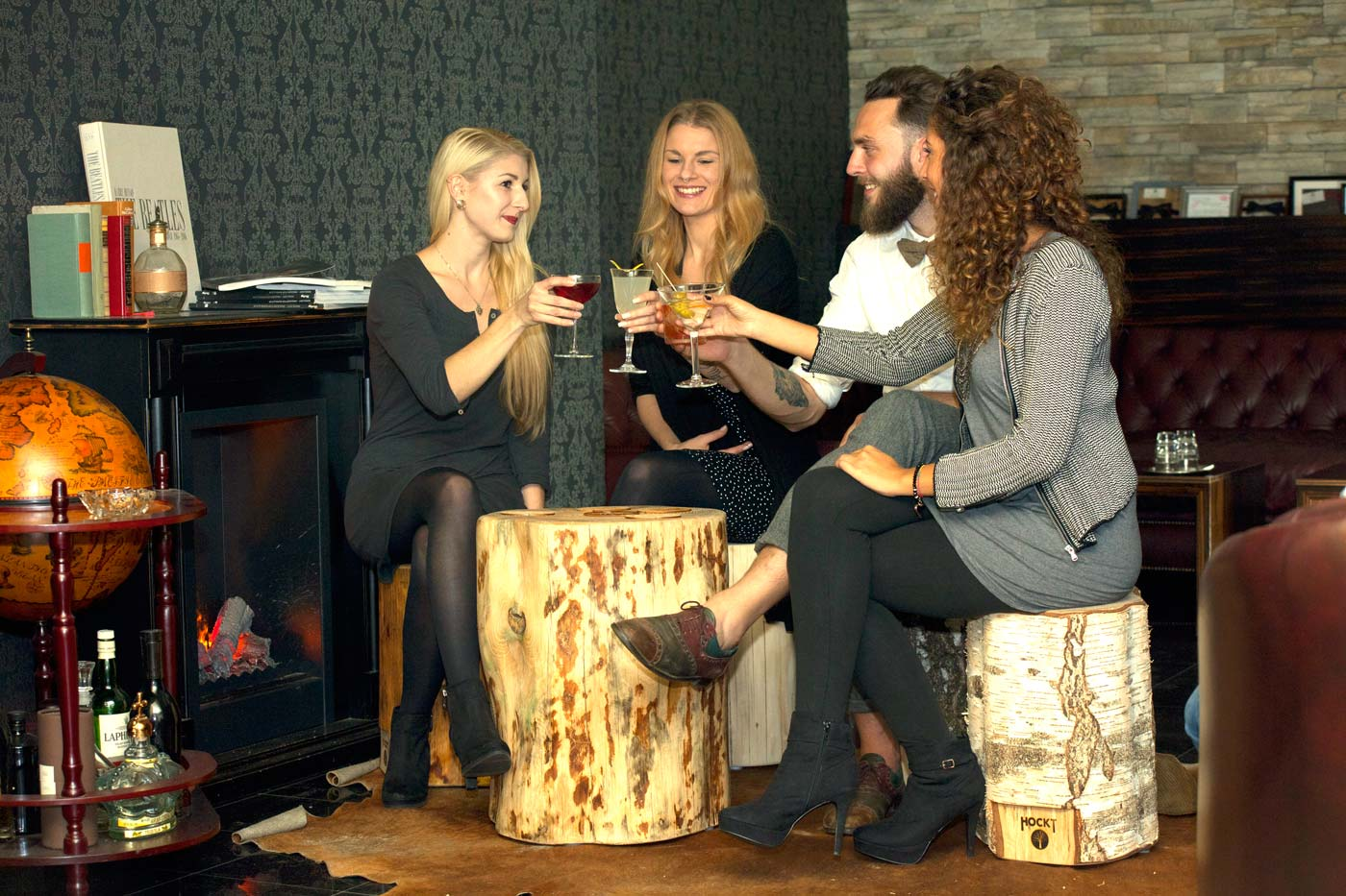 Cocktails trinken in der Hemingway Bar